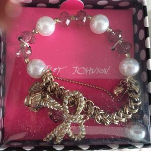 Betsey Johnson Pink Crystals Pearls Bow Hearts Bcl